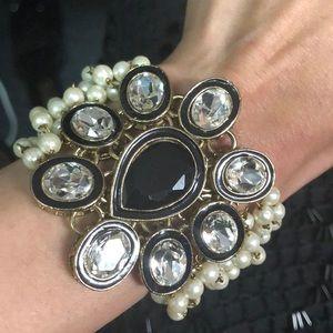 Jewelry - Genuine Pearl Bracelet